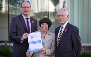 Alan Welby, executive director of Liverpool City Region Local Enterprise Partnership, Jan Vaughan, associate director of Cheshire and Merseyside SCN and Sir Ian Gilmore, chairman of Liverpool Health Partners, launch a major new collaborative health and life sciences campaign in Liverpool. Image credit - www.healthenterprisehub.org