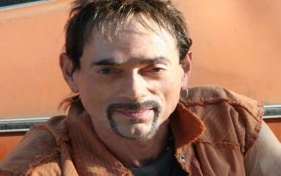 Incredible Andy Fraser brought great joy and music to life.