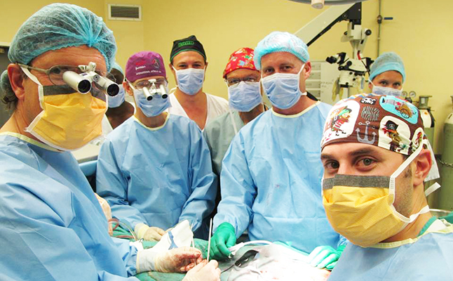 The surgical team performing the surgery at Tygerberg Hospital. Credit@StellenboschUniversity